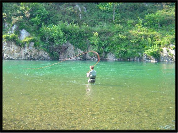 Pescar en el río Sella | Casas rurales Picos de Europa