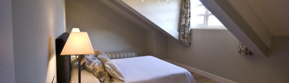 Dormitorio casa rural Tia Elisa | casas rurales de lujo en asturias