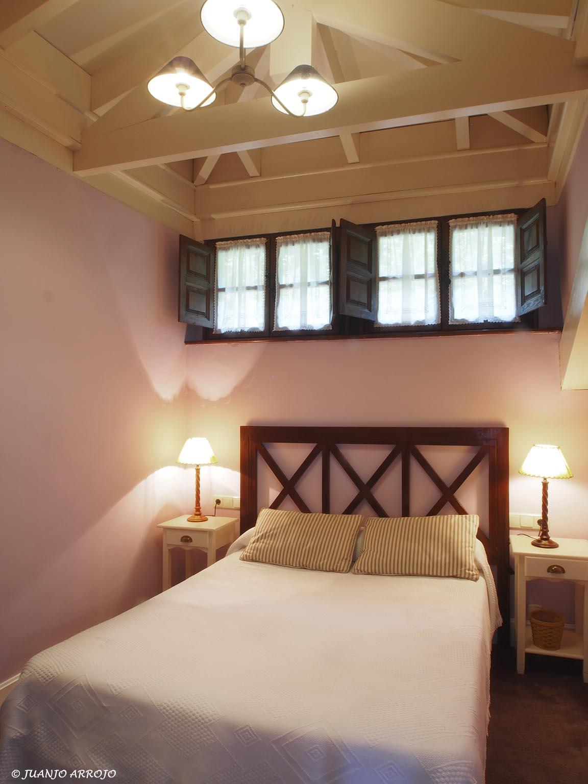 Dormitorio casa rural Mirador | casas rurales en Asturias