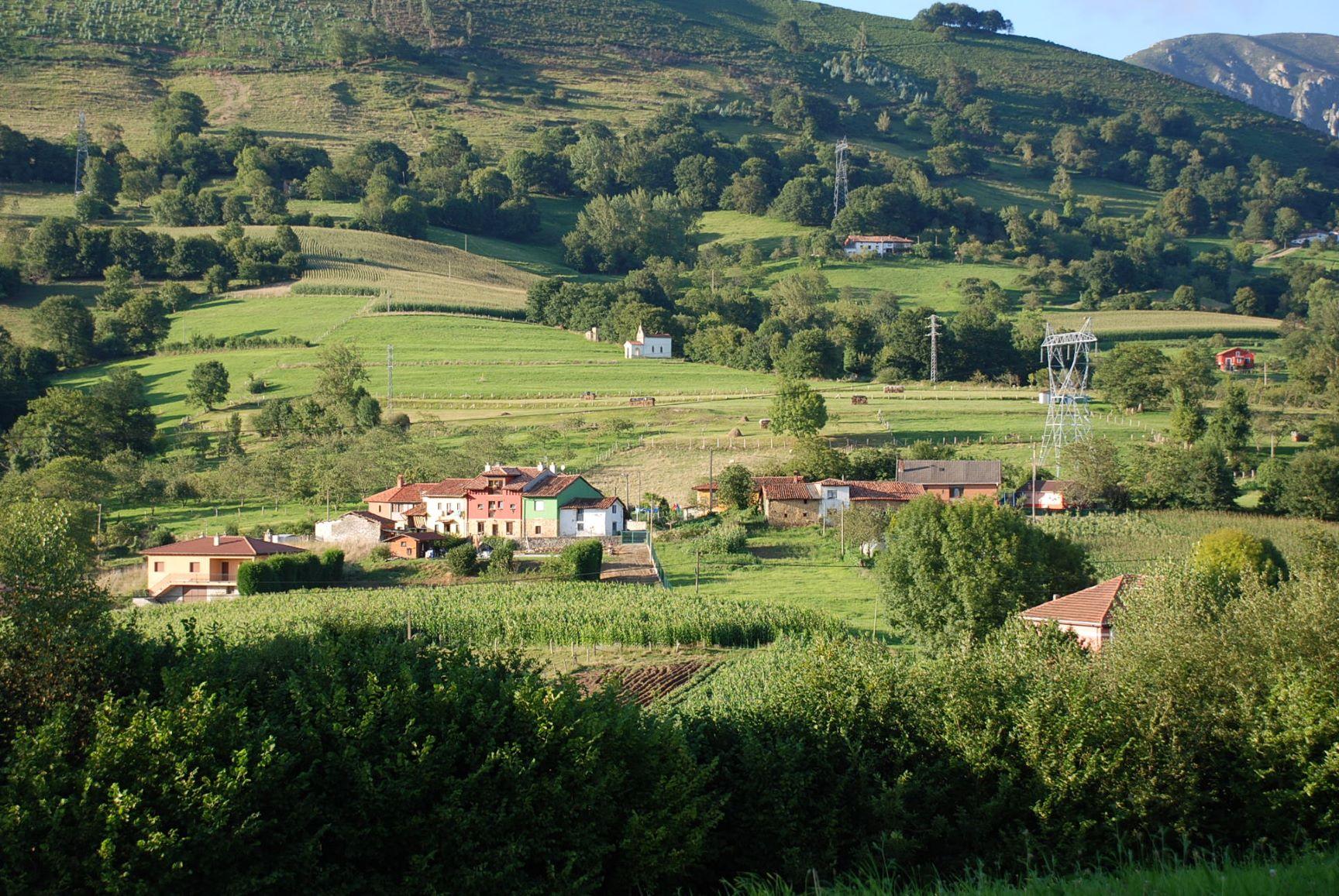 camino castro de Antrialgo   paisejes de asturias